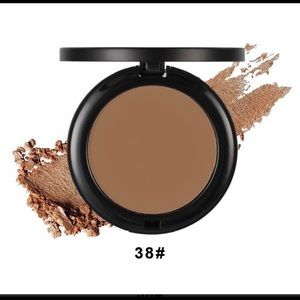 Hegel and Esther perfect finish pressed powder